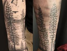 goldie-tattoo-tarbes.mars-2021.web.bras-foret-et-parapente.jpg