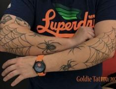 GOLDIE-TATTOO-Tarbes.janvier2020.web.-2-coudes-ans-spiders.jpg