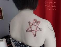 goldie-tattoo-tarbes-12-4-2014noeud-pierce-epaule-hdtv-1080site2.jpg