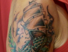goldie-tattoo-tarbes-7-9-2013-old-school-bateau-hdtv-1080.jpg