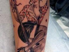 goldie-tattoo-tarbes-janvier2014-pin-up-bergere-large_.jpg
