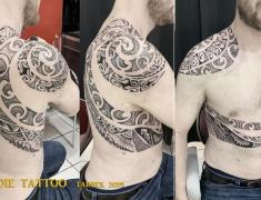IMG_03goldie-tattoo-tarbes.2019web..maori-epaule-dos.jpg